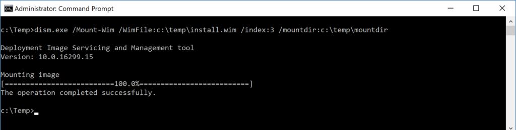 Administrator: Command Prompt - Mounting install.wim